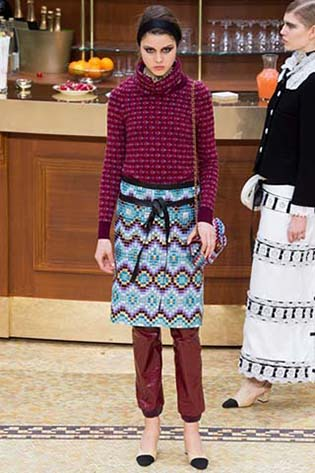 Chanel-fall-winter-2015-2016-for-women-77