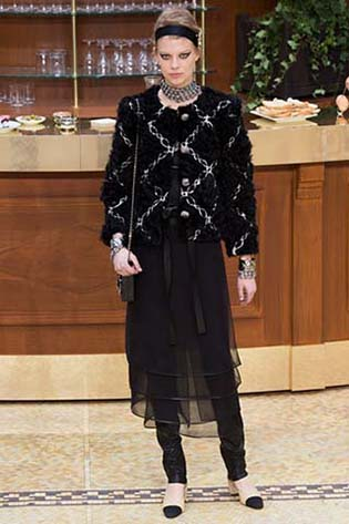 Chanel-fall-winter-2015-2016-for-women-86