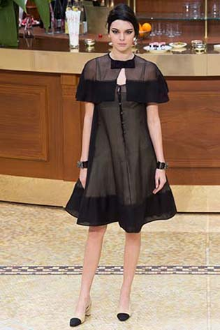 Chanel-fall-winter-2015-2016-for-women-94