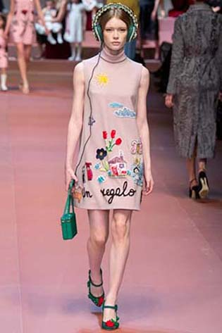 Dolce-Gabbana-fall-winter-2015-2016-for-women-28