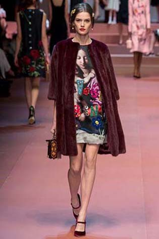 Dolce-Gabbana-fall-winter-2015-2016-for-women-45