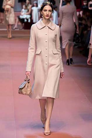Dolce-Gabbana-fall-winter-2015-2016-for-women-7