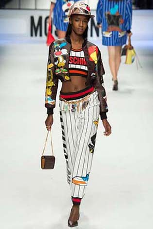 Moschino-fall-winter-2015-2016-for-women-22