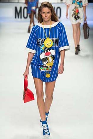Moschino-fall-winter-2015-2016-for-women-23
