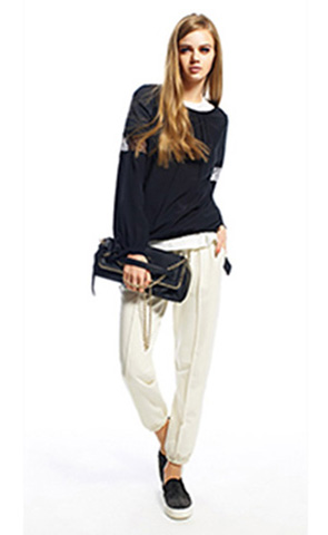 Twin-Set-lifestyle-fall-winter-2015-2016-for-women-137