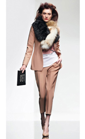 Twin-Set-lifestyle-fall-winter-2015-2016-for-women-83