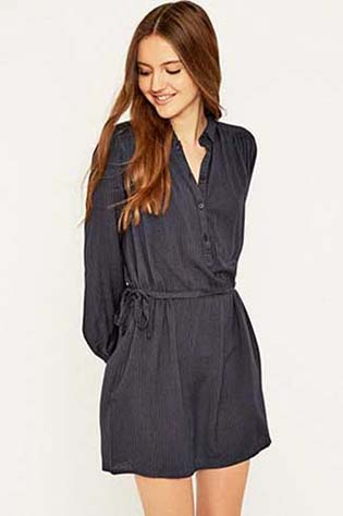 Urban-Outfitters-fall-winter-2015-2016-for-women-28
