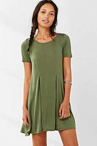 Urban-Outfitters-fall-winter-2015-2016-for-women-30