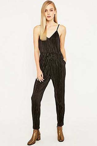 Urban-Outfitters-fall-winter-2015-2016-for-women-60