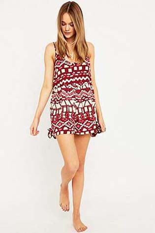 Urban-Outfitters-fall-winter-2015-2016-for-women-62
