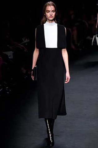 Valentino-fall-winter-2015-2016-for-women-7