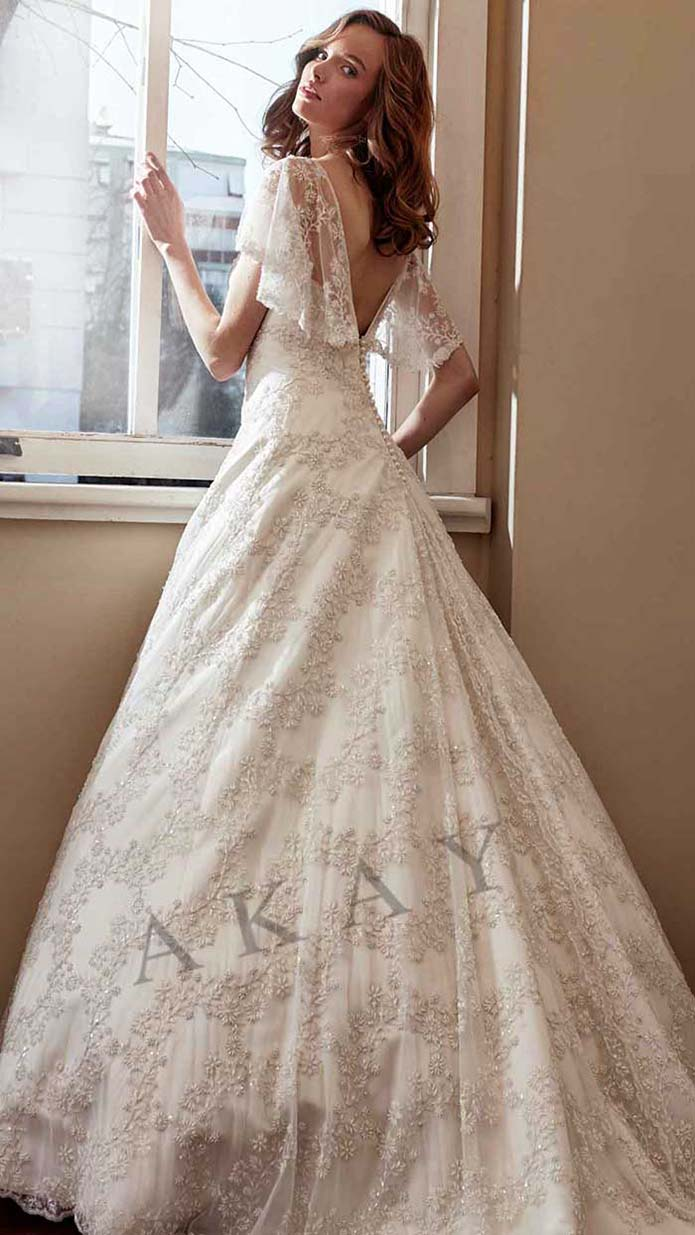 Akay-wedding-spring-summer-2016-bridal-look-25