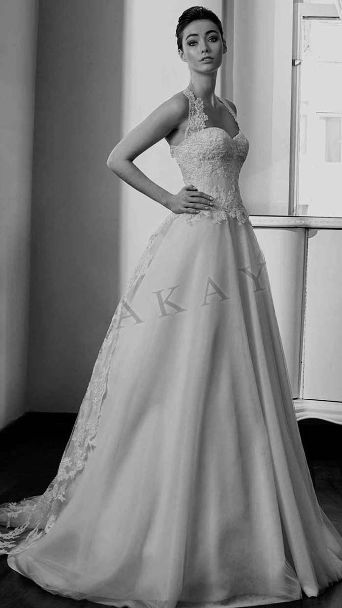 Akay-wedding-spring-summer-2016-bridal-look-29
