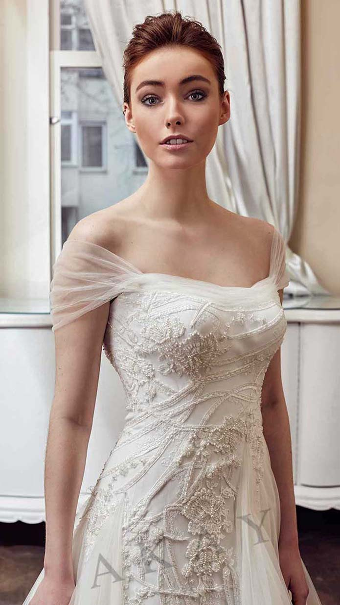 Akay-wedding-spring-summer-2016-bridal-look-31