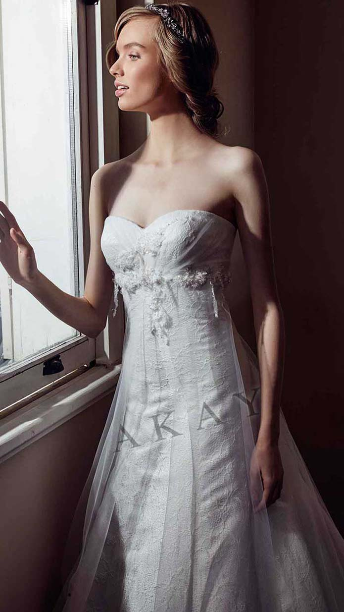 Akay-wedding-spring-summer-2016-bridal-look-47