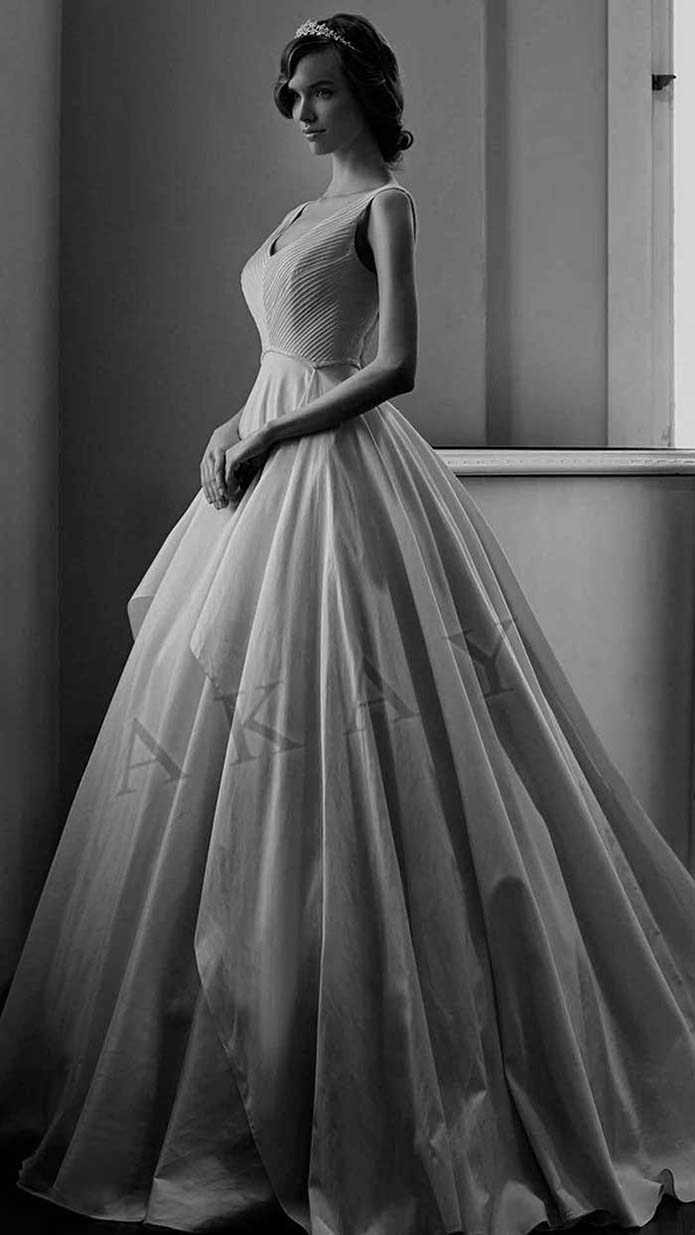 Akay-wedding-spring-summer-2016-bridal-look-48