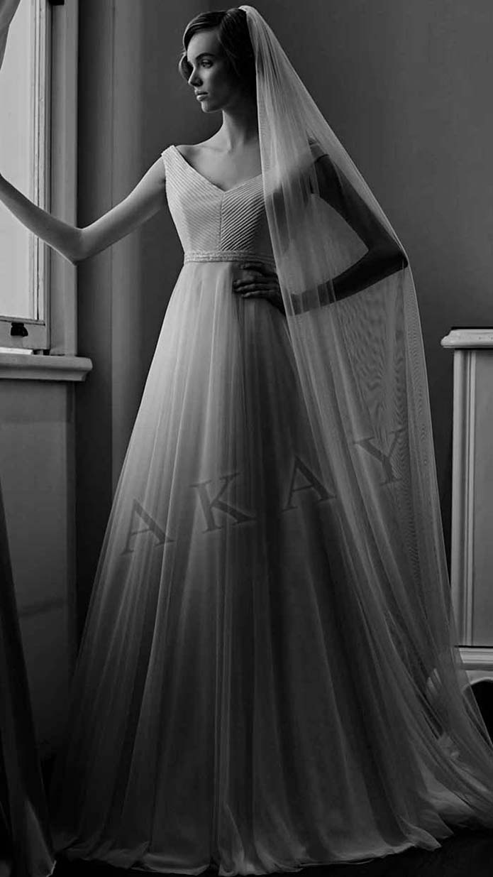 Akay-wedding-spring-summer-2016-bridal-look-53