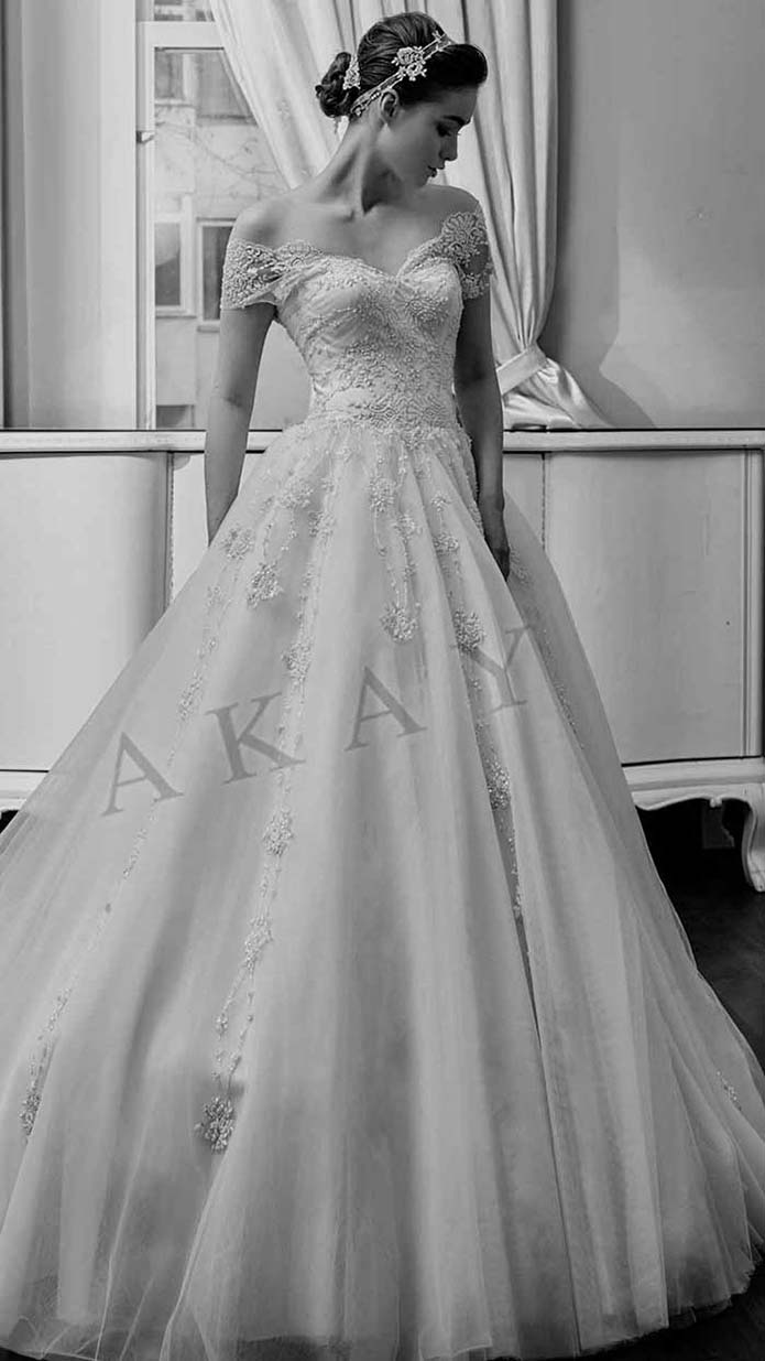 Akay-wedding-spring-summer-2016-bridal-look-55