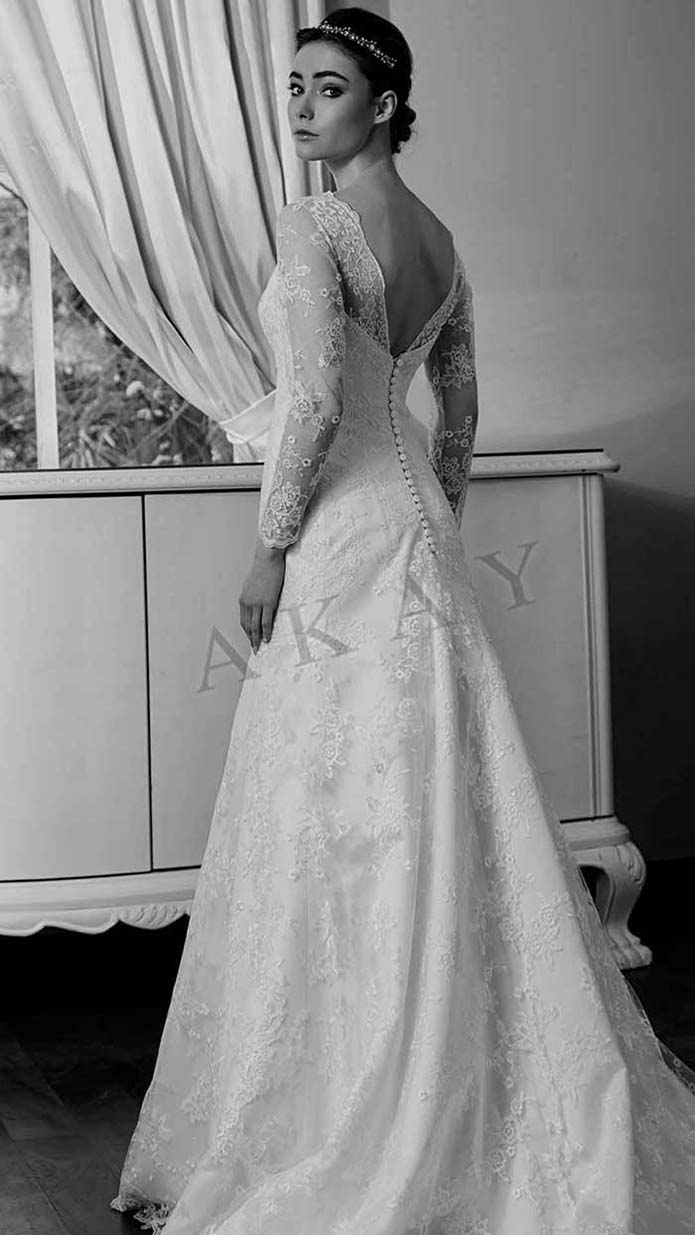 Akay-wedding-spring-summer-2016-bridal-look-58