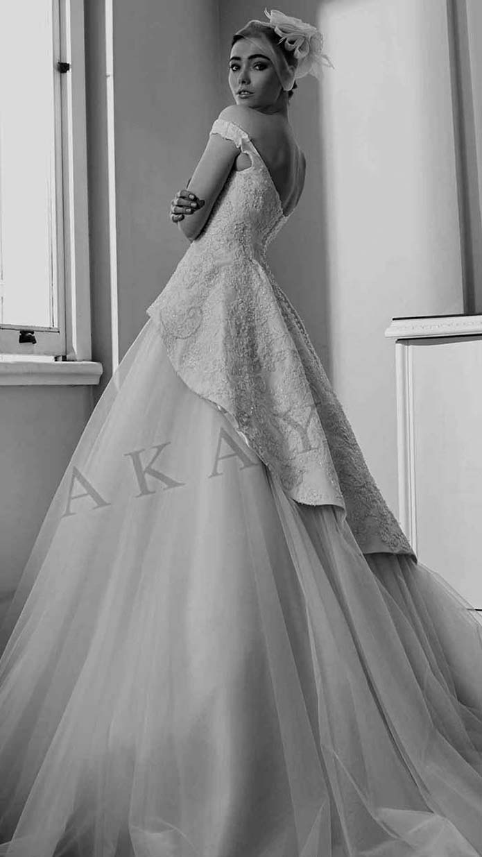 Akay-wedding-spring-summer-2016-bridal-look-61