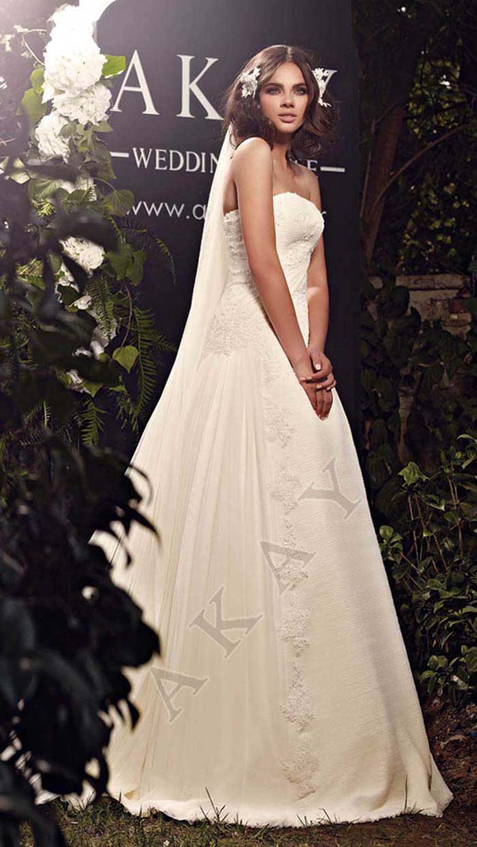 Akay-wedding-spring-summer-2016-bridal-look-64