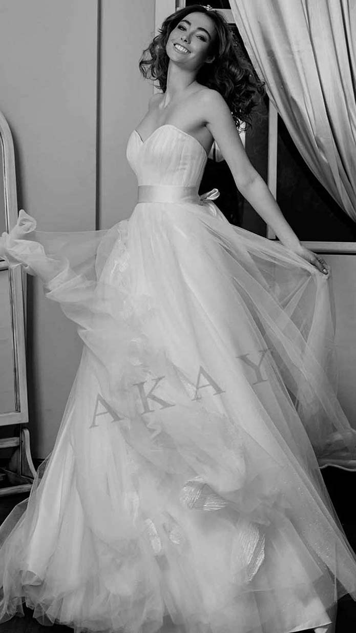 Akay-wedding-spring-summer-2016-bridal-look-65