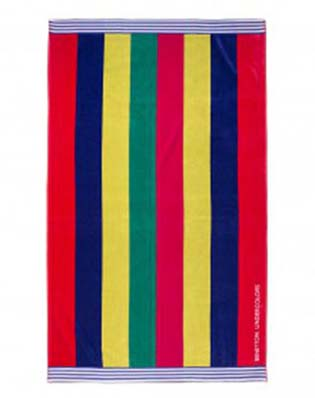 Benetton-swimwear-spring-summer-2016-beach-towels-64
