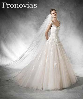Pronovias-wedding-spring-summer-2016-bridal-10