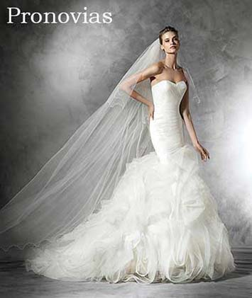 Pronovias-wedding-spring-summer-2016-bridal-21
