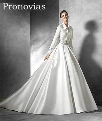 Pronovias-wedding-spring-summer-2016-bridal-23