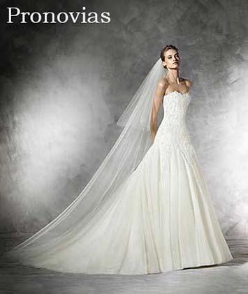 Pronovias-wedding-spring-summer-2016-bridal-24