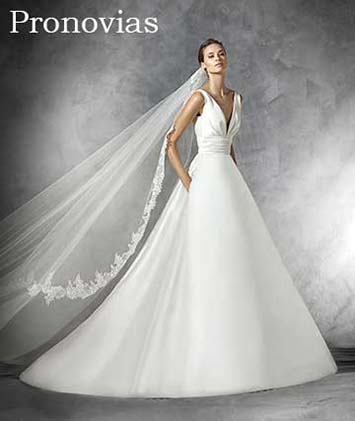 Pronovias-wedding-spring-summer-2016-bridal-27