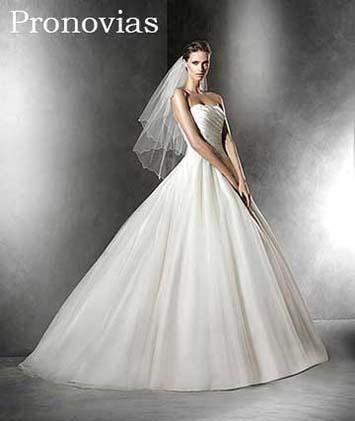 Pronovias-wedding-spring-summer-2016-bridal-30