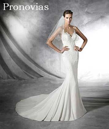 Pronovias-wedding-spring-summer-2016-bridal-31