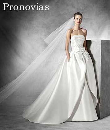 Pronovias-wedding-spring-summer-2016-bridal-91