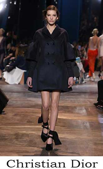 Christian-Dior-lifestyle-spring-summer-2016-for-women-45