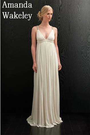 Amanda-Wakeley-wedding-spring-summer-2016-bridal-1