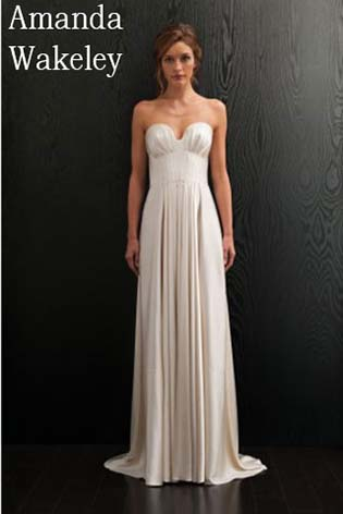Amanda-Wakeley-wedding-spring-summer-2016-bridal-18