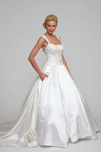 Angel-Rivera-wedding-spring-summer-2016-bridal-look-10