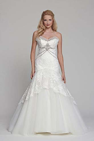 Angel-Rivera-wedding-spring-summer-2016-bridal-look-11