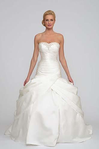 Angel-Rivera-wedding-spring-summer-2016-bridal-look-16