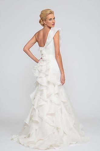 Angel-Rivera-wedding-spring-summer-2016-bridal-look-17