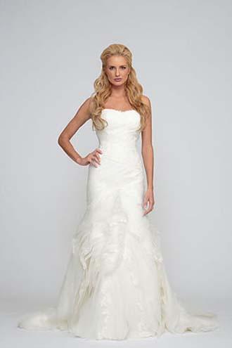Angel-Rivera-wedding-spring-summer-2016-bridal-look-21