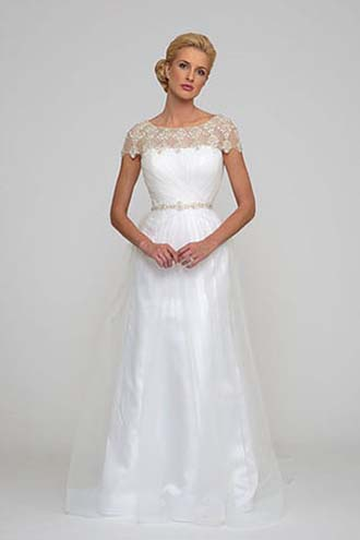Angel-Rivera-wedding-spring-summer-2016-bridal-look-22