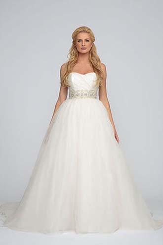 Angel-Rivera-wedding-spring-summer-2016-bridal-look-23
