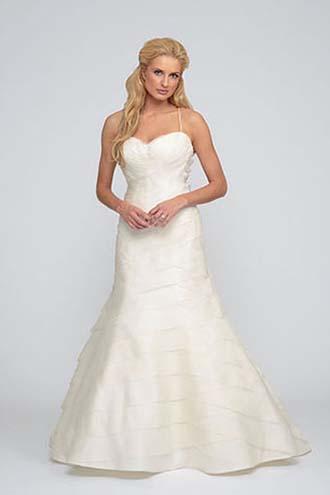 Angel-Rivera-wedding-spring-summer-2016-bridal-look-24