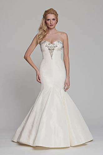 Angel-Rivera-wedding-spring-summer-2016-bridal-look-27