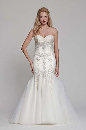 Angel-Rivera-wedding-spring-summer-2016-bridal-look-3