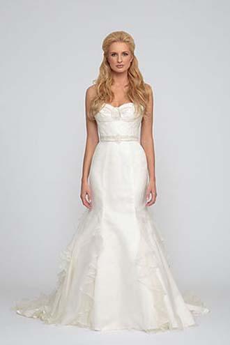 Angel-Rivera-wedding-spring-summer-2016-bridal-look-7