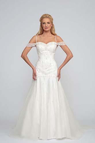Angel-Rivera-wedding-spring-summer-2016-bridal-look-8